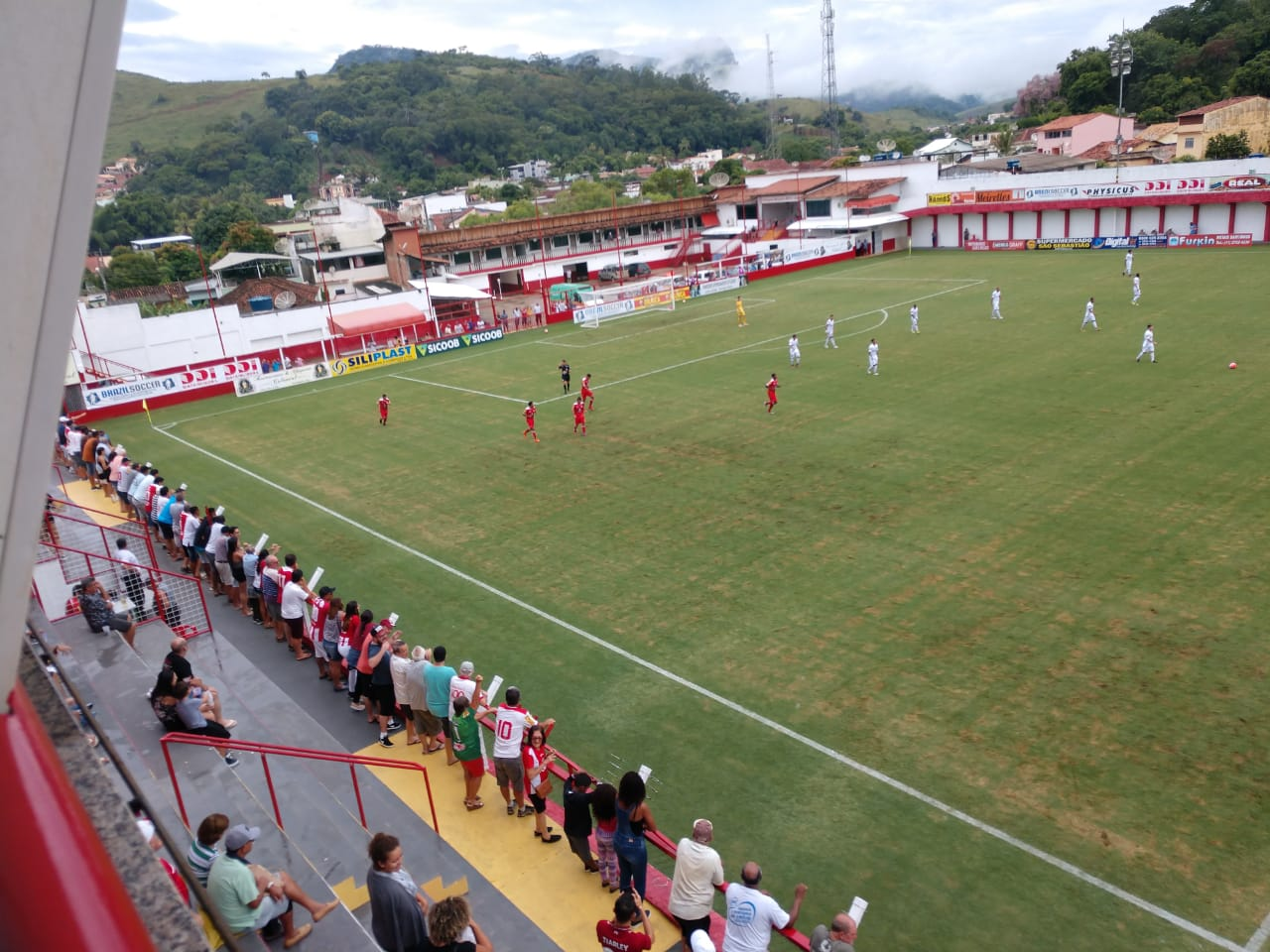 7a936449388 O Tombense venceu mais uma dentro de casa! O aproveitamento no Almeidão tem  sido uma marca do Tombense nos últimos jogos. O time derrotou o Vila Nova  da ...